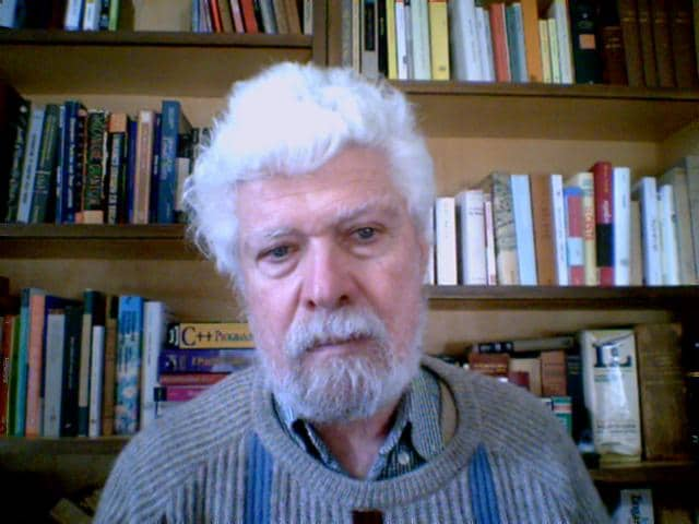 Retired professor living in Pisa. My son who is an