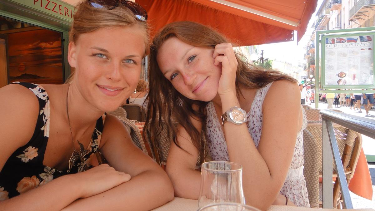 Iuliia&Nastya