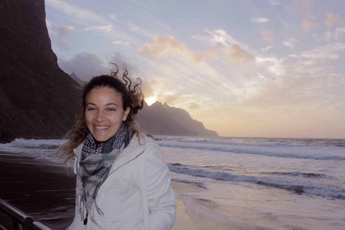 Beatriz from Santa Cruz de Tenerife