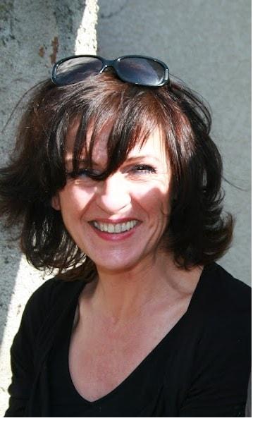 Véronique from Monlaur-Bernet