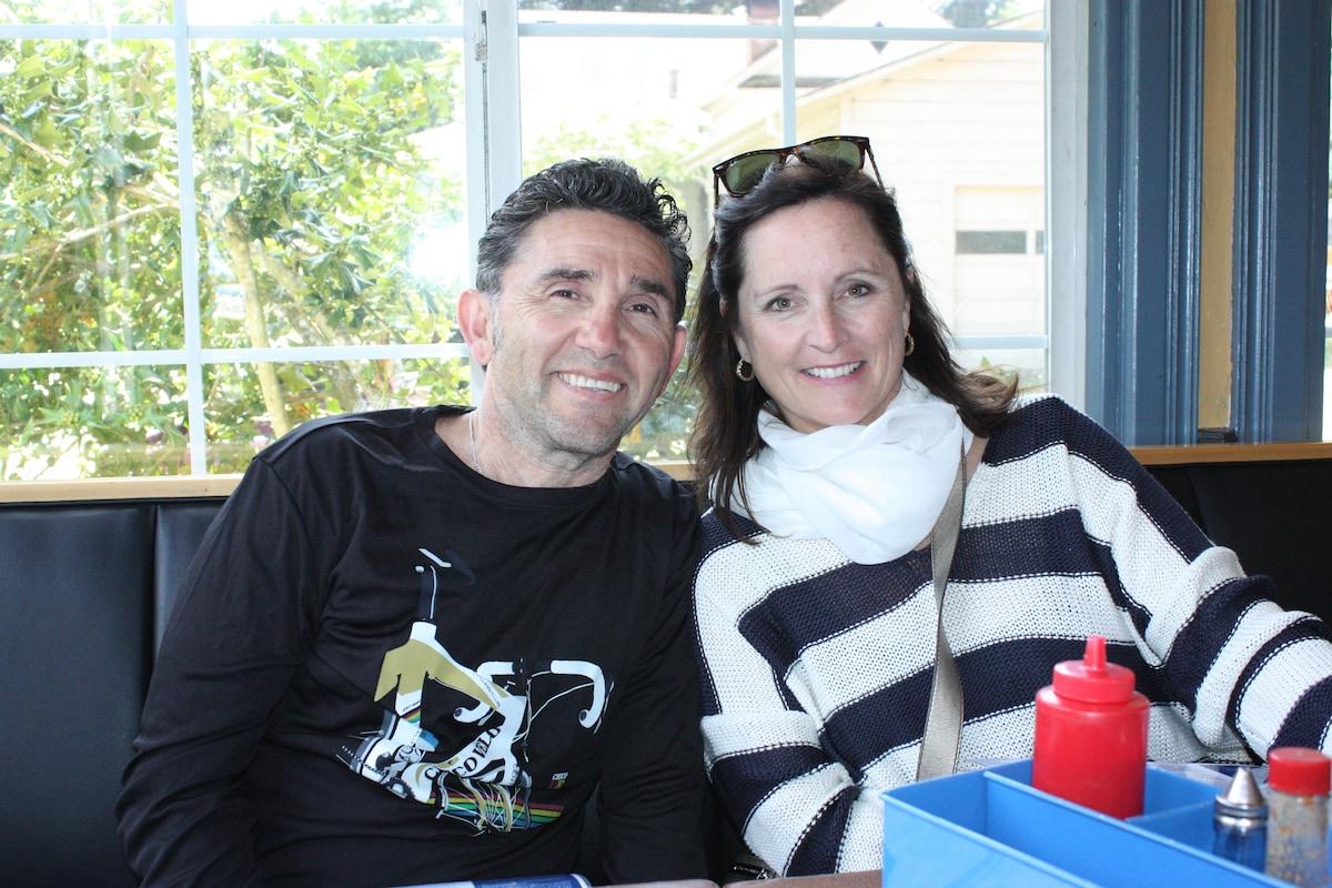 Mike & Margaret from Petaluma
