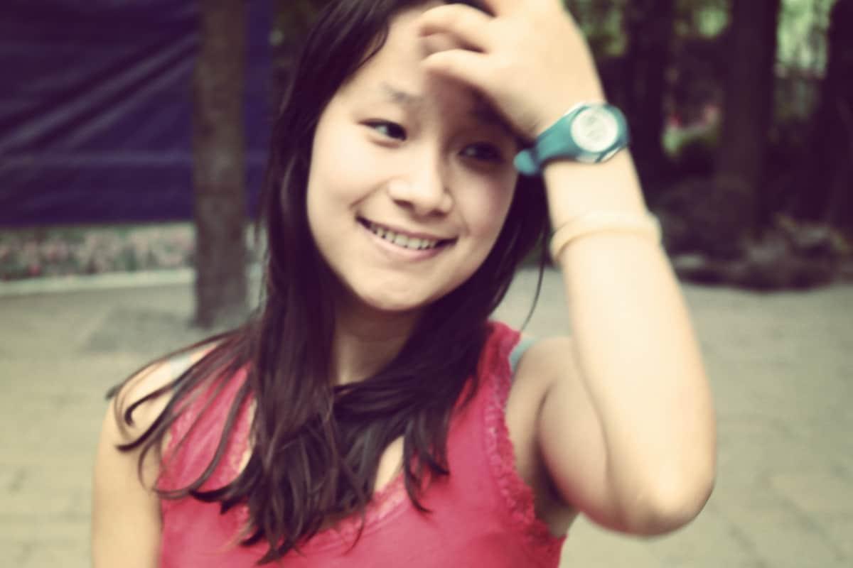 Zoe from Foshan Shi