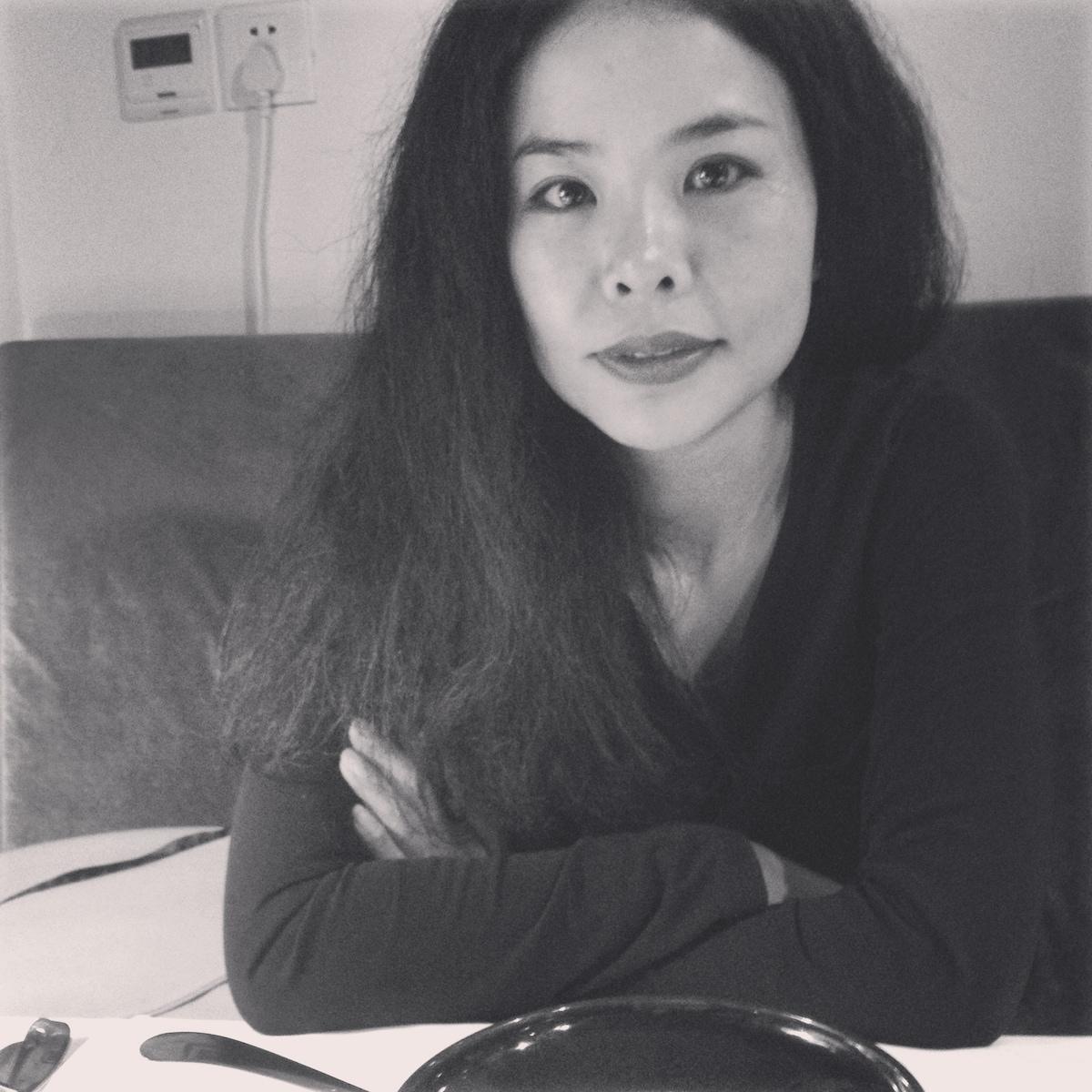 Hi! I'm Ellen, or Zhang Xuan (张绚) in Chinese, welc