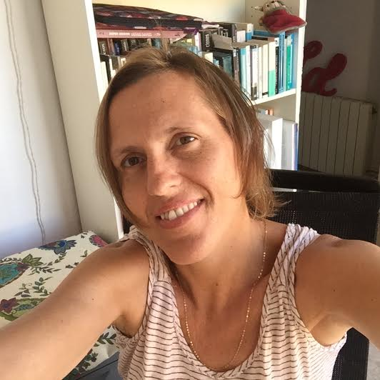 Hello, my name is Berta, I´m new in Airbnb. I live