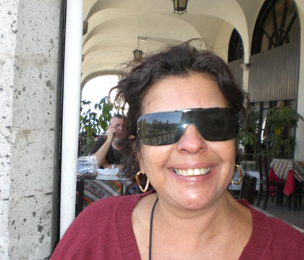 Moro no Rio de Janeiro, nascida em Salvador. Resol