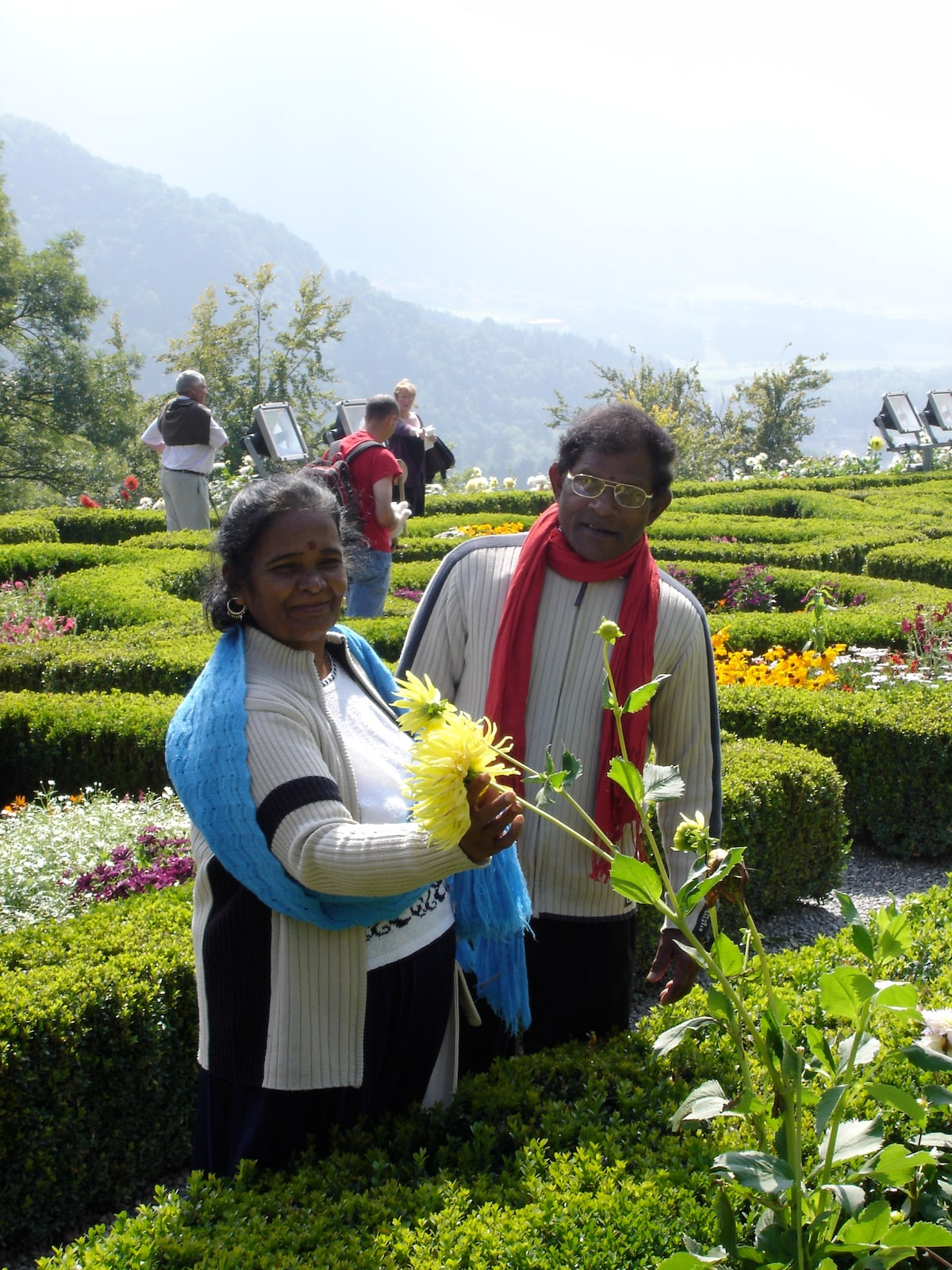 Dayawathie & Balachandran &( Isabel) from Negombo