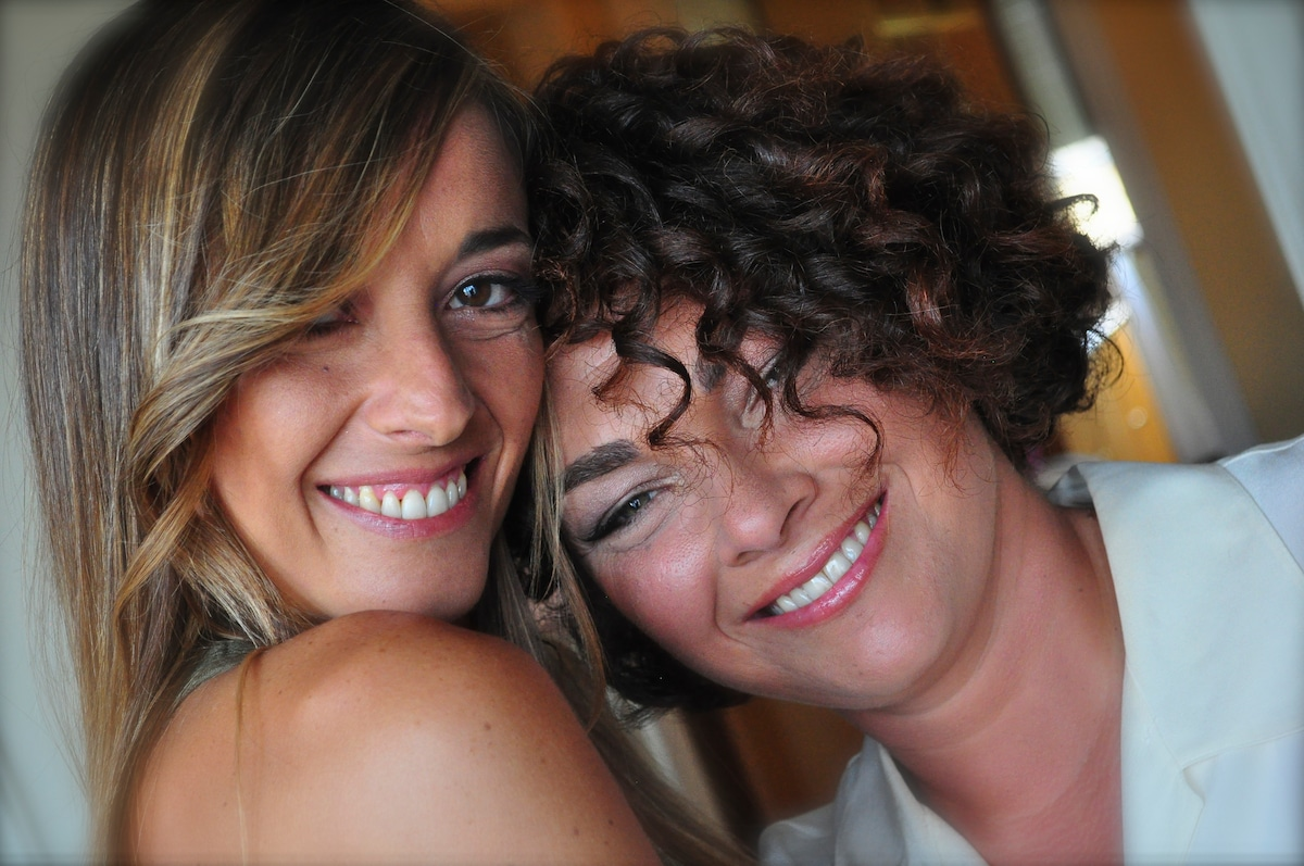 Hi! Katia and Valentina are two friends that enjo