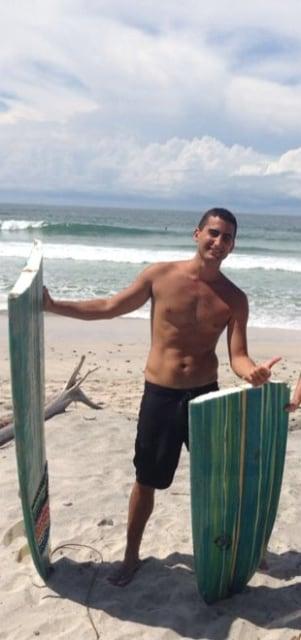 Hi everyone ,  I love surfing , eating fresh fish