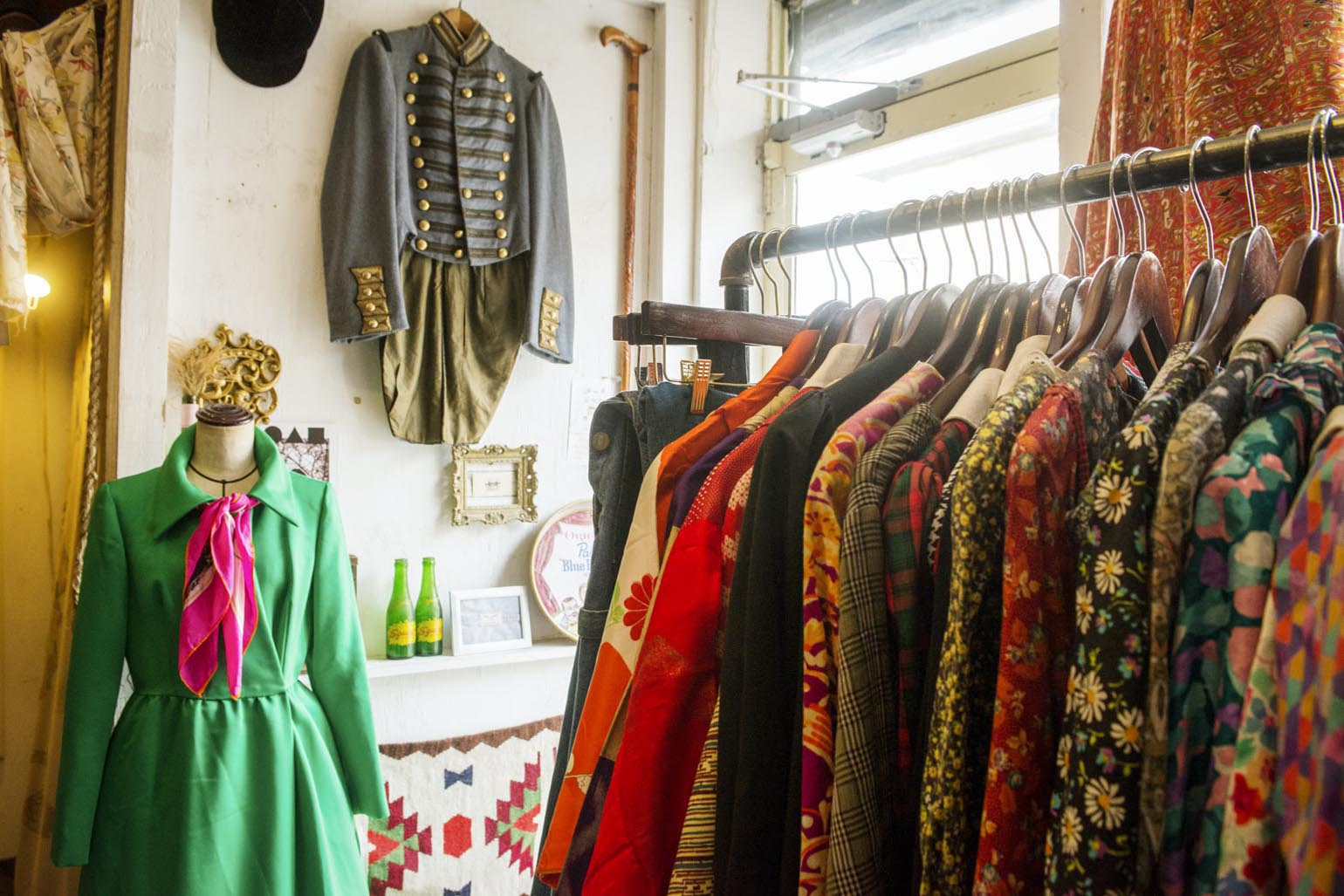Vintage clothes for sale online