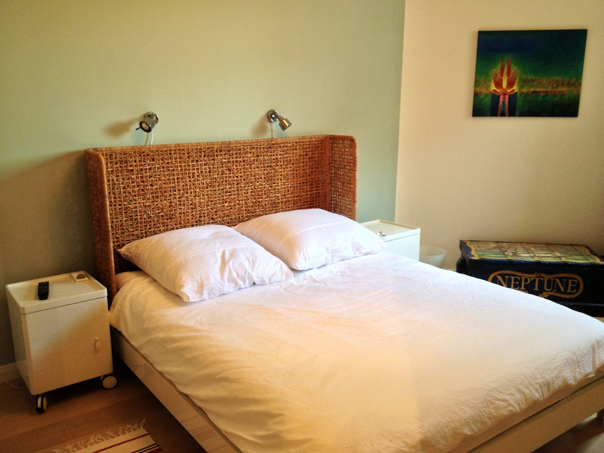 Double bed with linen
