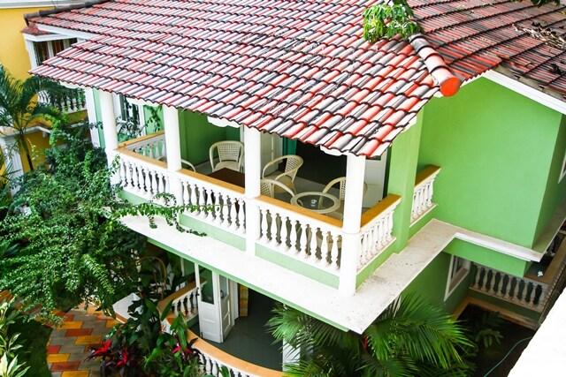 Family Size Three-Guest-Room Villa