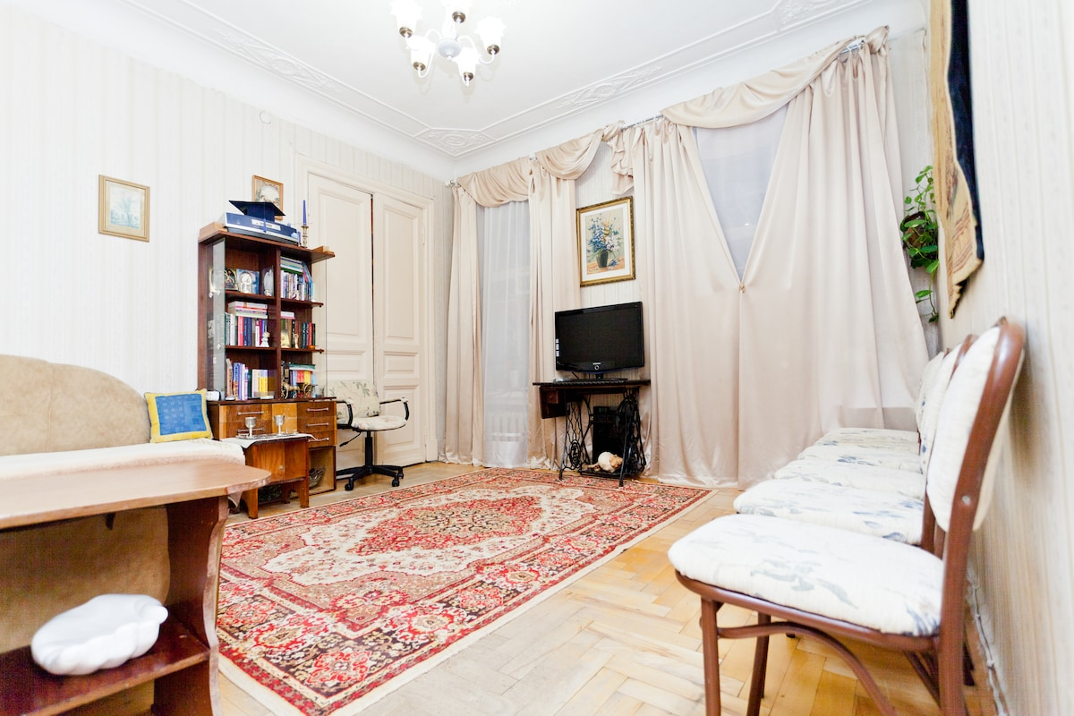 Spacious Cosy Room, Chistye Prudy!!