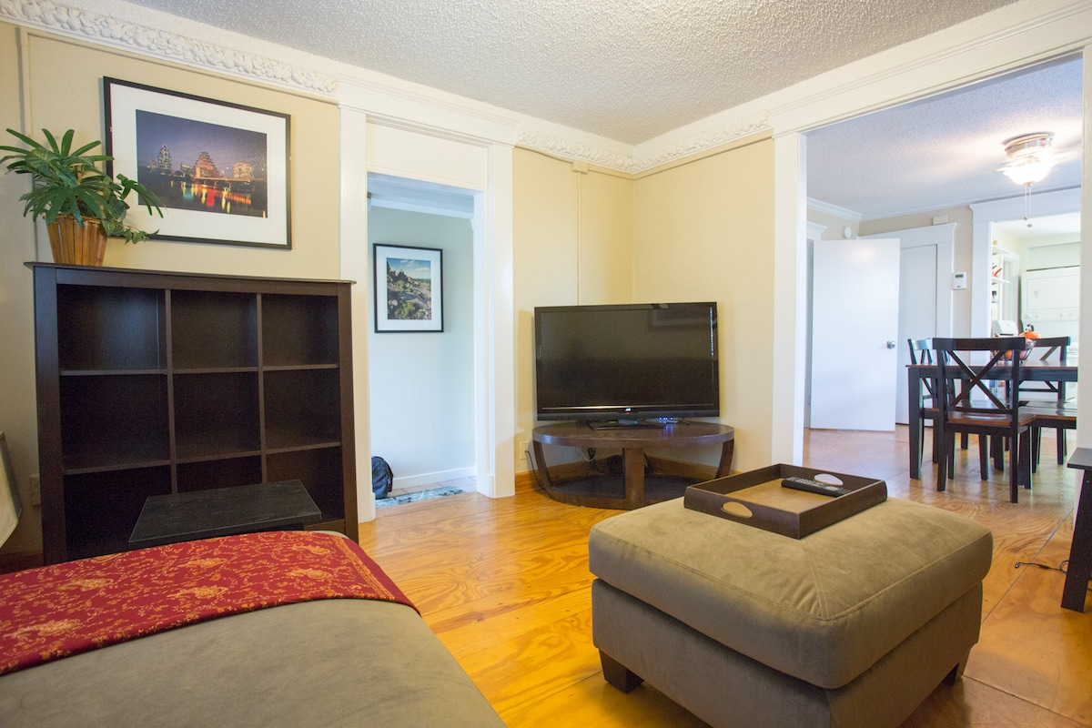 Living room with HDTV and extra storage space for your belongings