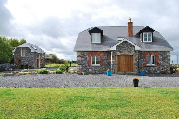 Ranevogue B&B - Self Catering House