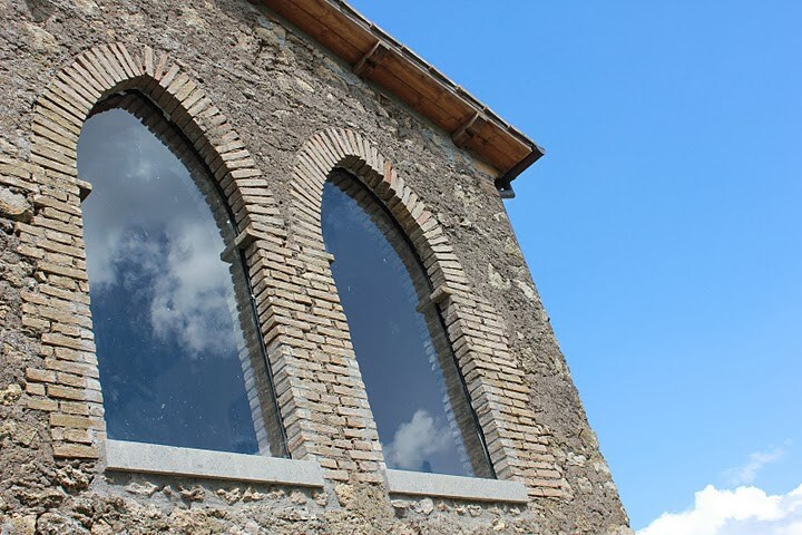 "The ""bifore"" windows"