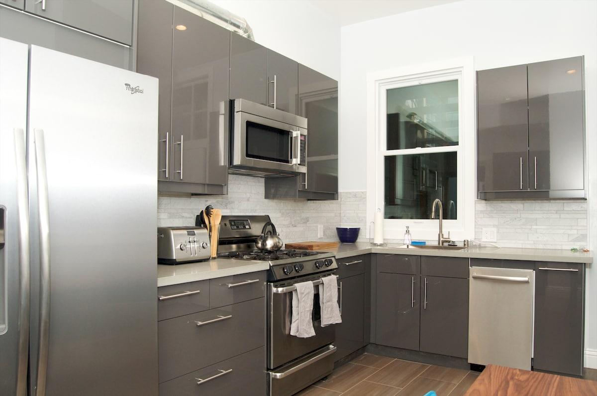 Large spacious kitchen with everything needed for cooking at the apartment.