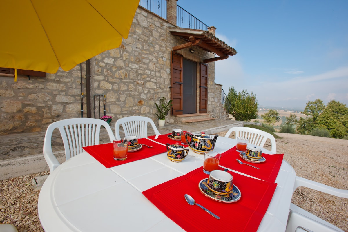 Holiday House-Monte Castello Vibio