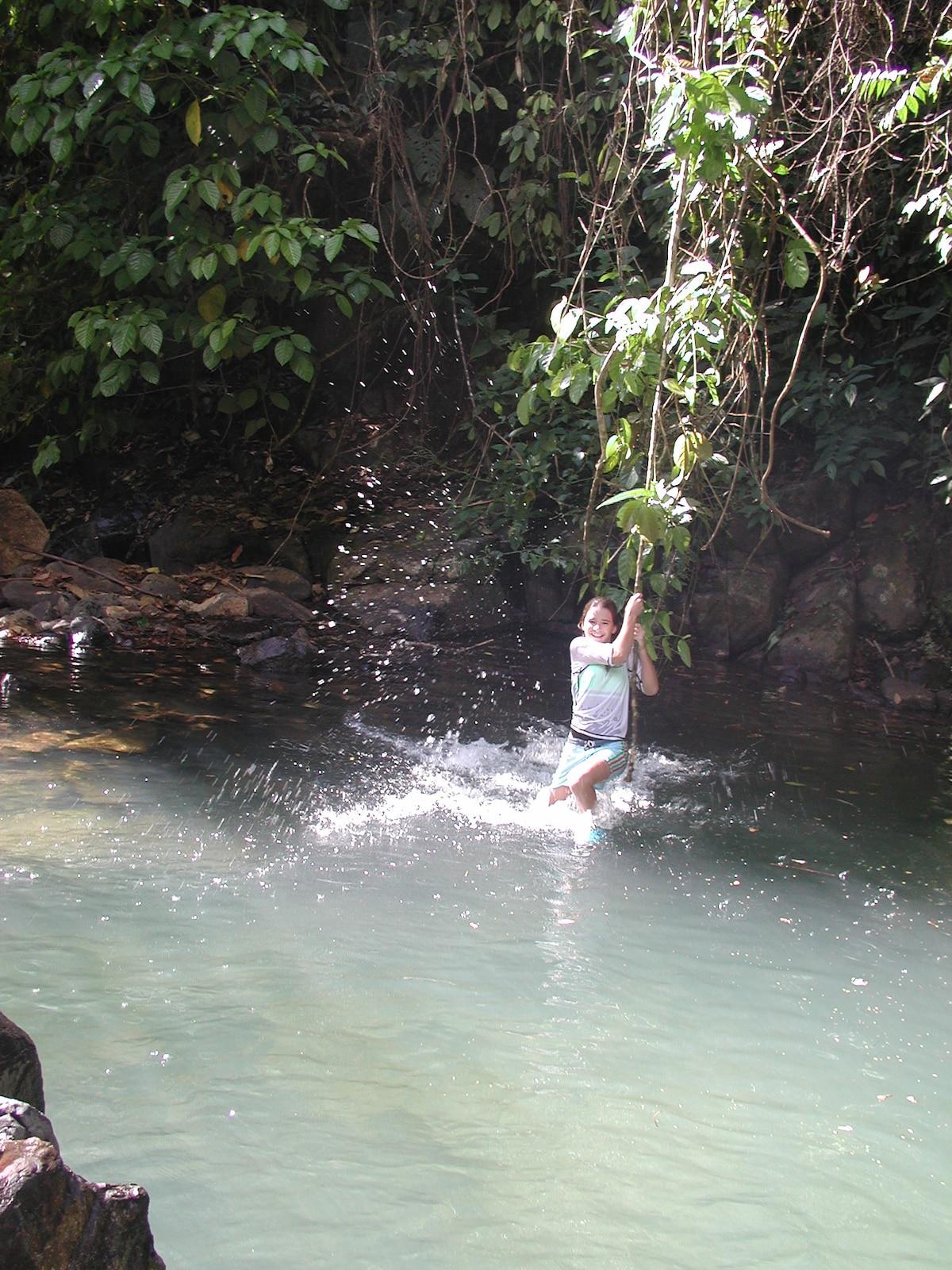 Para disfrutar con una liana estilo Tarzan - To enjoy with a vien Tarzan style