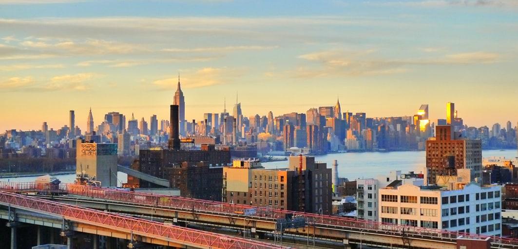 Wide-sweeping views of Manhattan