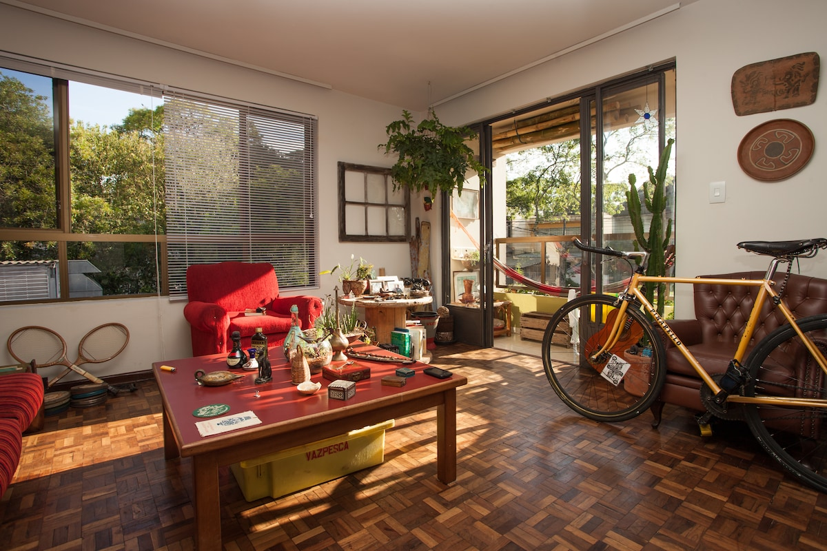 Sunny living room and balcony. As you see you can always bring your bike if you want so!