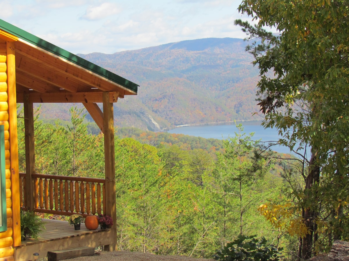 It's hard to find a better view from the deck over the Smoky Mtn National Park & Chilhowee Lake.