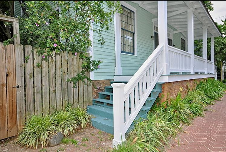 Historic 4BDRM Intown (8-10people!)