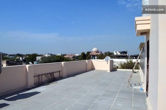 Under Delhi sky + Historical view