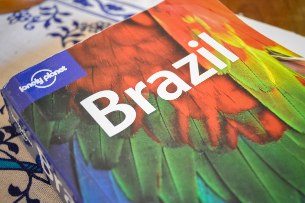 I have lots of city guides and the Brazil guide in English and some in Spanish and Portuguese.