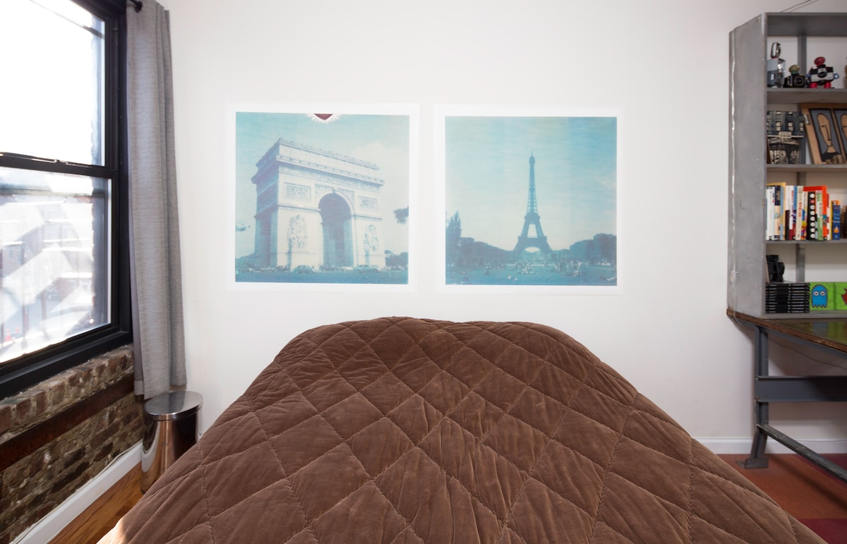 YOUR BEDROOM: Polaroid photos I took in Paris.