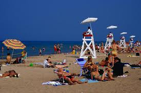 Just a 5 minute walk east of our house is this fantastic beach on Lake Michigan....A Great place to hang out!