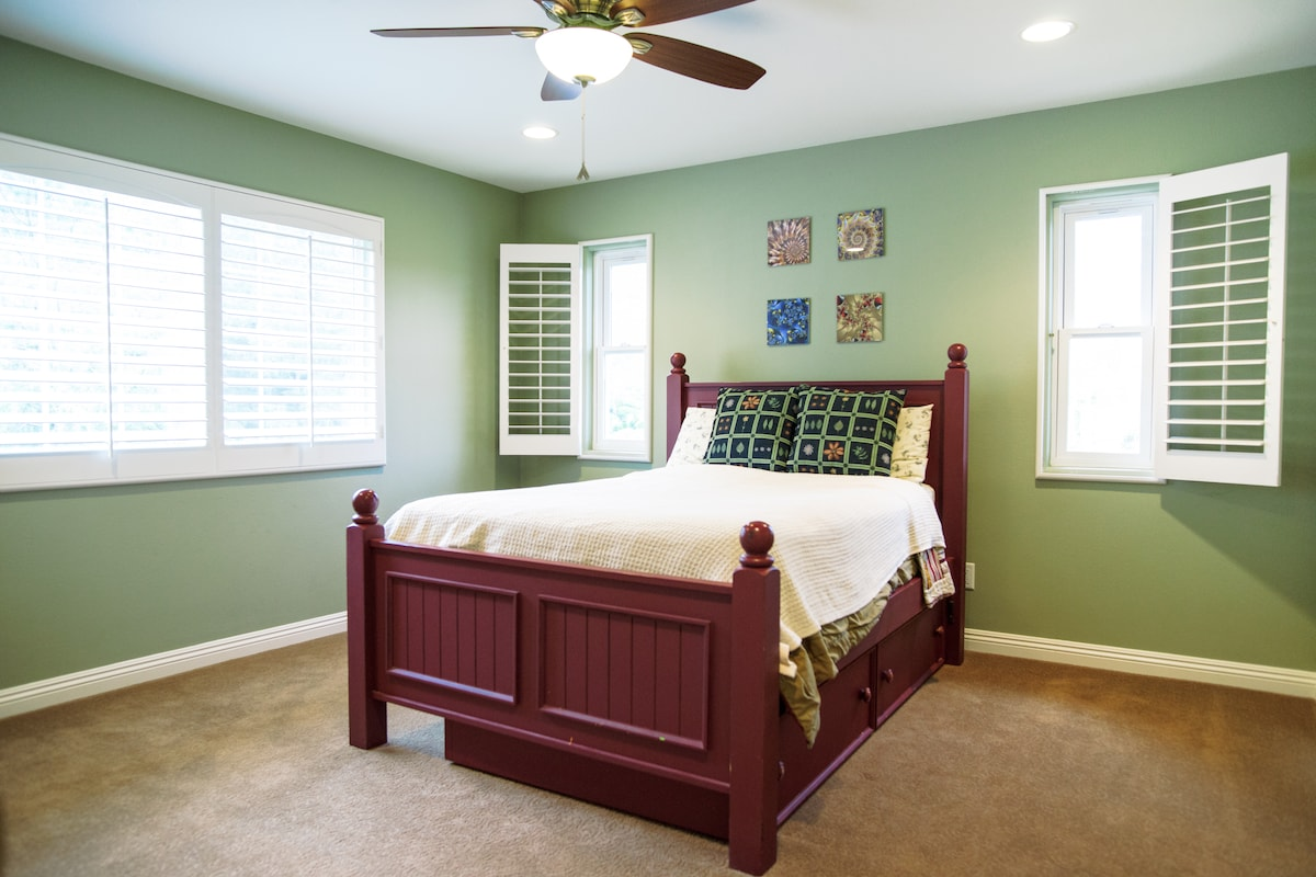 Full bed for couples.  Twin trundle if you are traveling with a child, plus sleeper sofa (not shown here) for larger groups or teens who want their own space.
