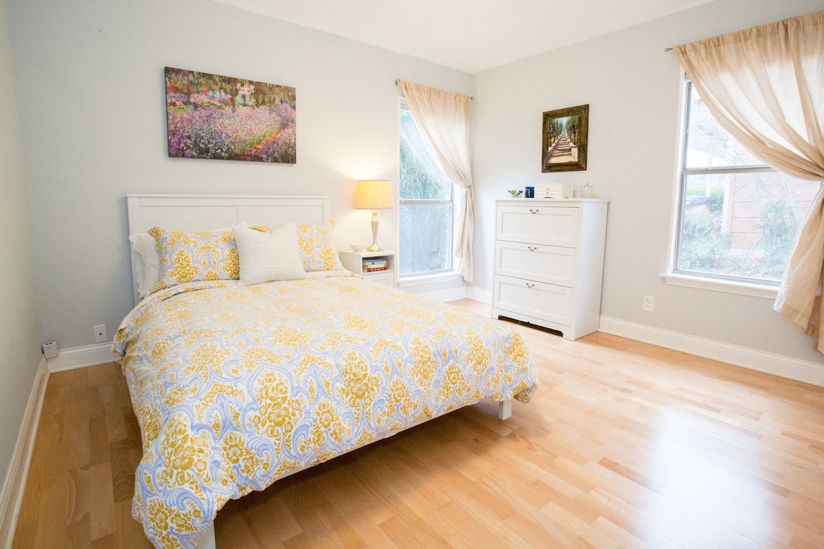 Guest room with double bed.