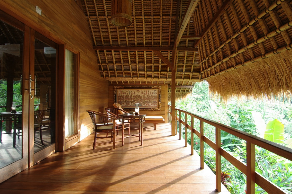 Big balcony with jungle view