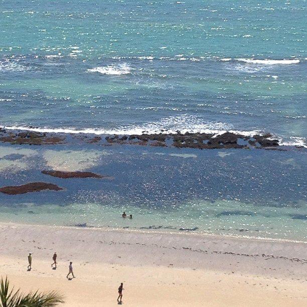Balcony overlooking the sea. Art Suíte2 With Amazing Ocean View.  Boa Viagem Beach