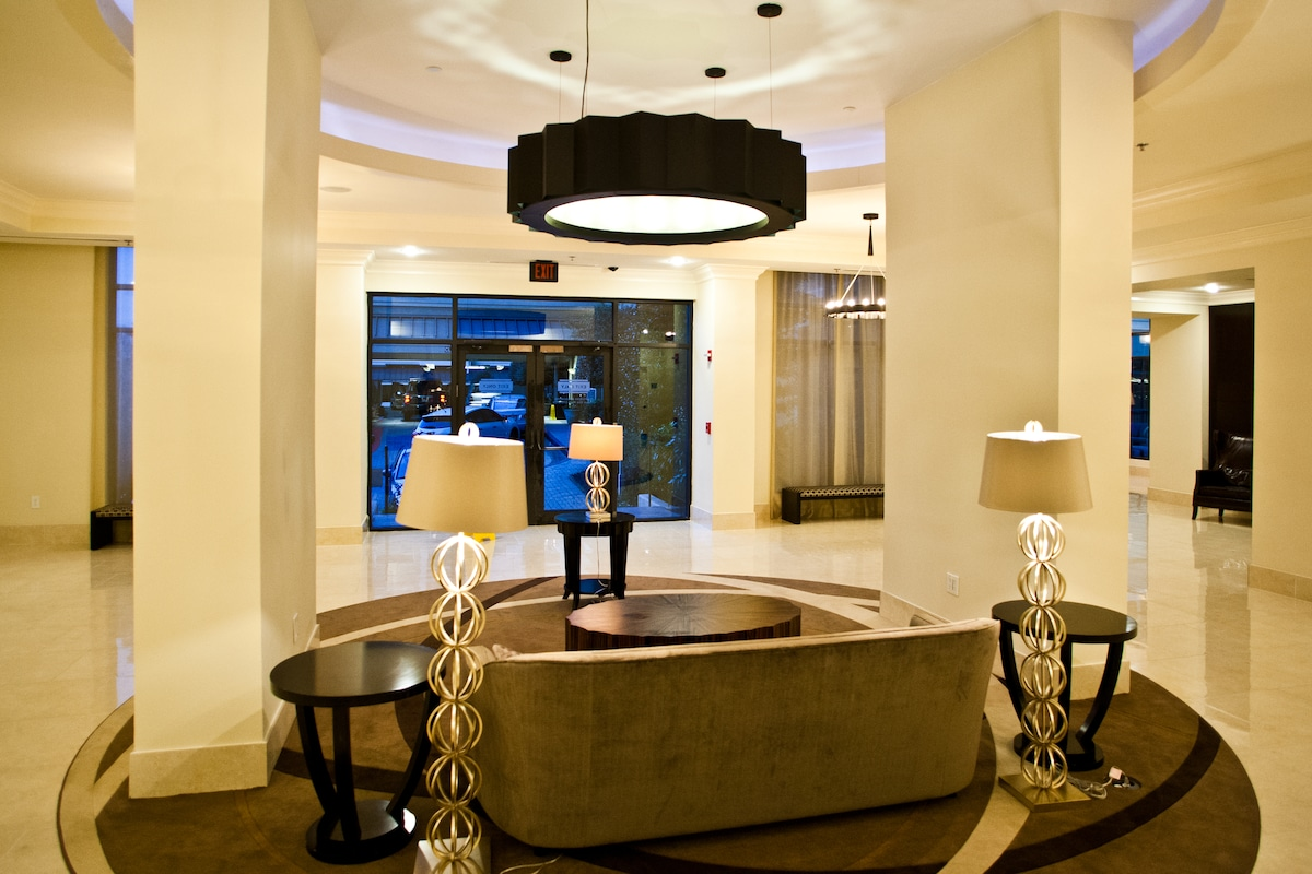 As you enter, concierge, doorperson and full security staff greet you. 2nd Lobby Area