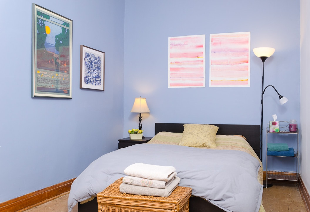Room in Quaint Lincoln Square home