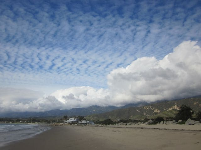 Carpinteria Beaches are 3 miles away where you also can take a three mile path along the Carpinteria Bluffs above the ocean and see, seals, dolphins an occasional whale and/or killer whales and watch harbor seal moms & pups at the famed seal rookery.