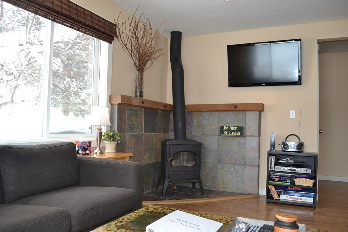 Gas fire place, WIFI and HDTV.