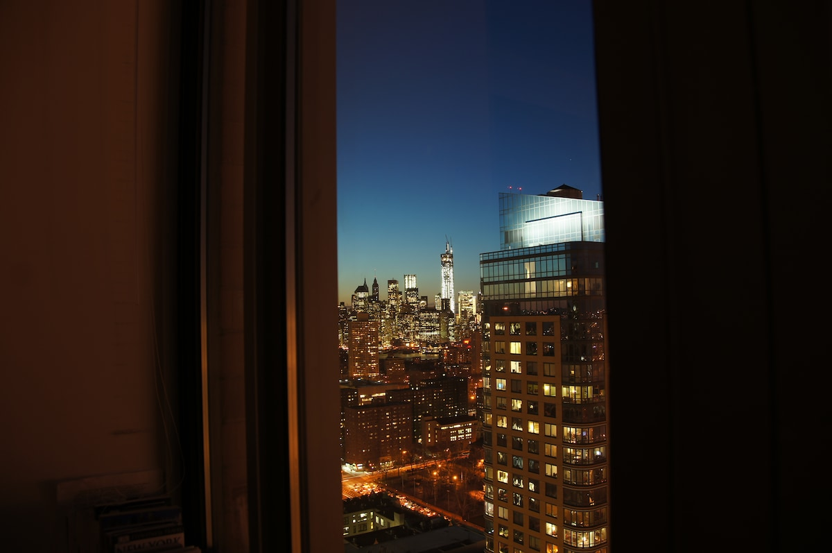 Staggering views await you from every corner of the apartment!