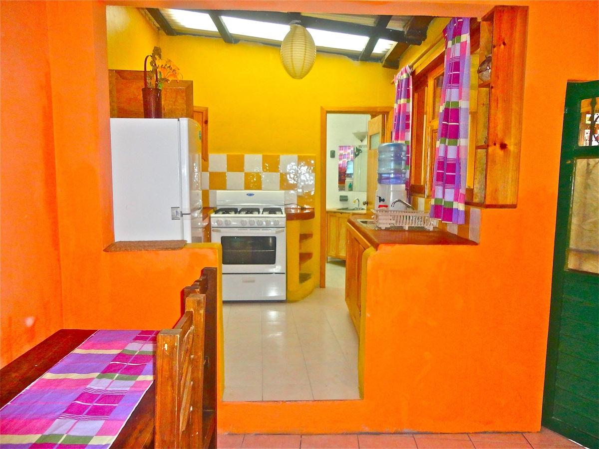 Nice Cozy 1 bedroom Bungalow