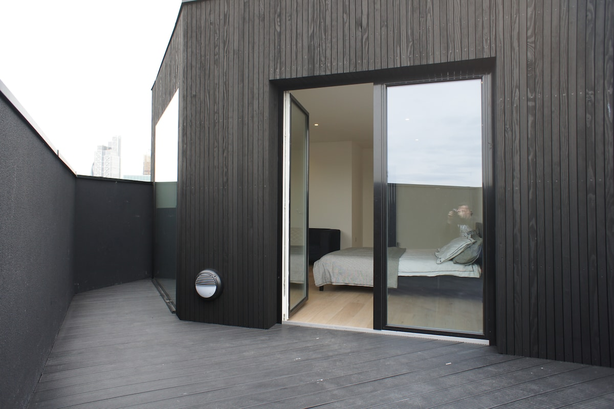 Stunning Shoreditch Studio A