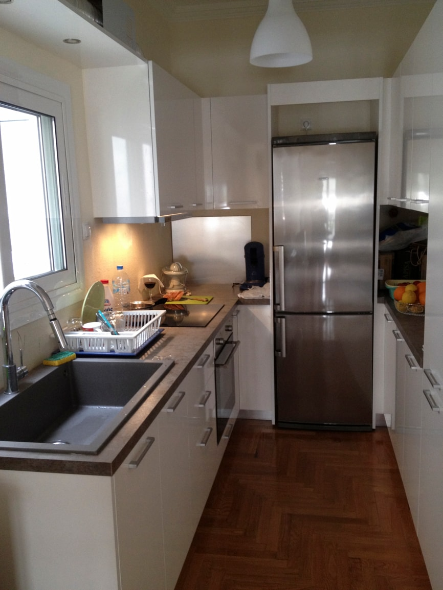 Brand new full equipped kitchen. 2 small tables like a bar, can be used in different ways according to the users.