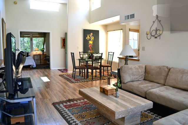 You will enjoy the Spacious , light, bright open plan living room area