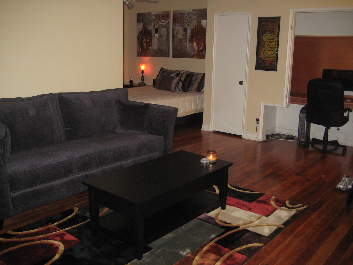 Large Studio in West Hollywood.