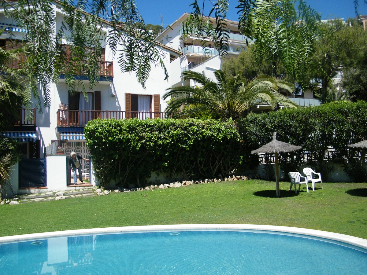 A relaxing home, sweet home Sitges