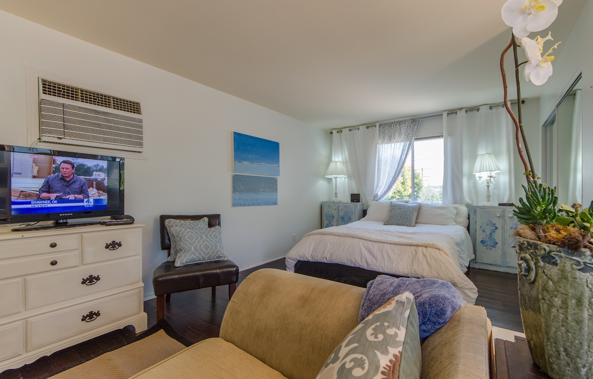 Manhattan beach guesthouse