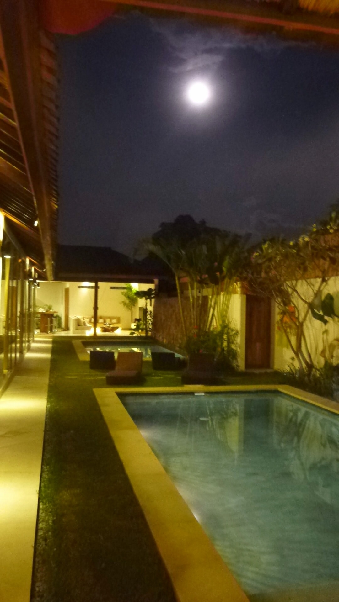 Seminyak New Chic 6 Bed/6 Bath