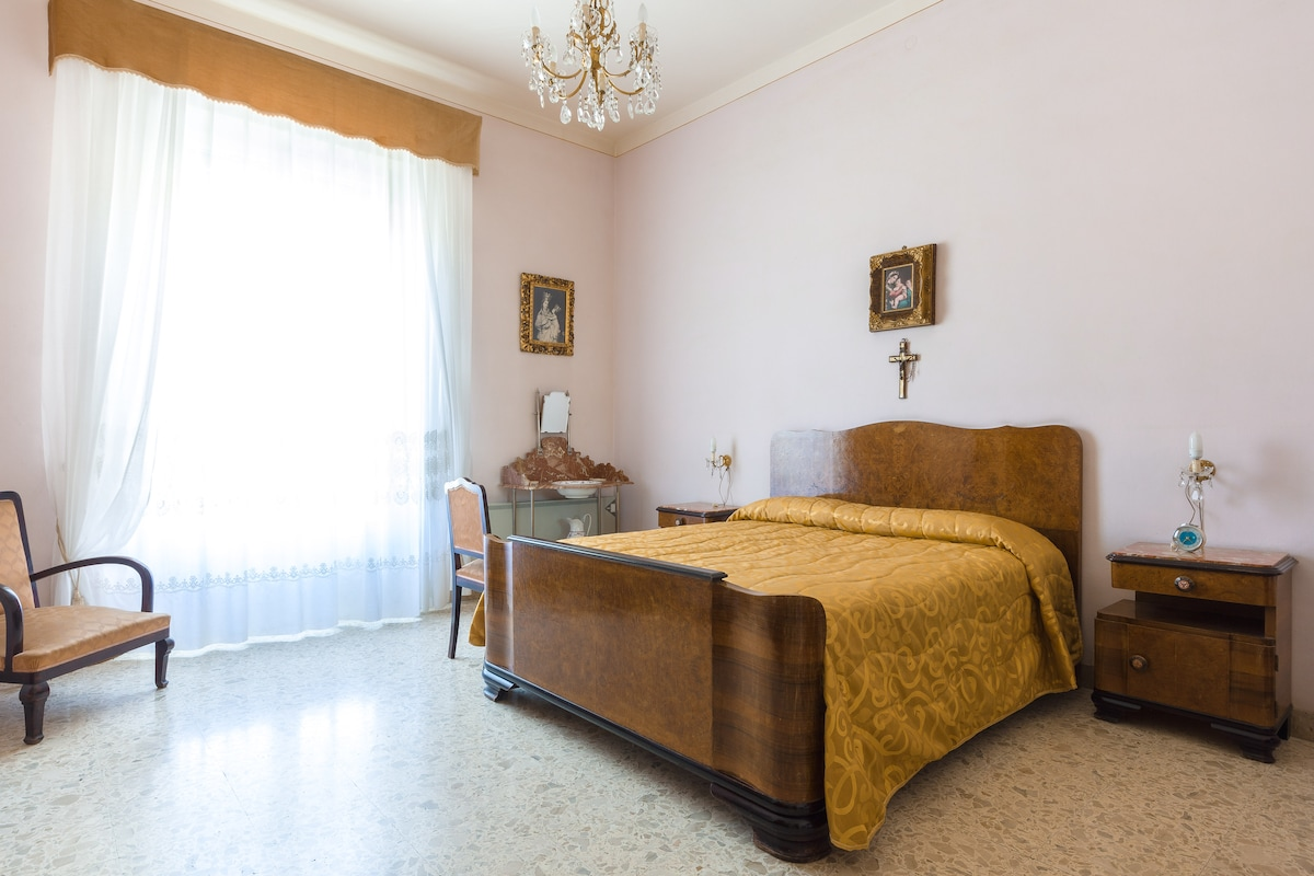 LOVELY 50ies SICILY APARTMENT