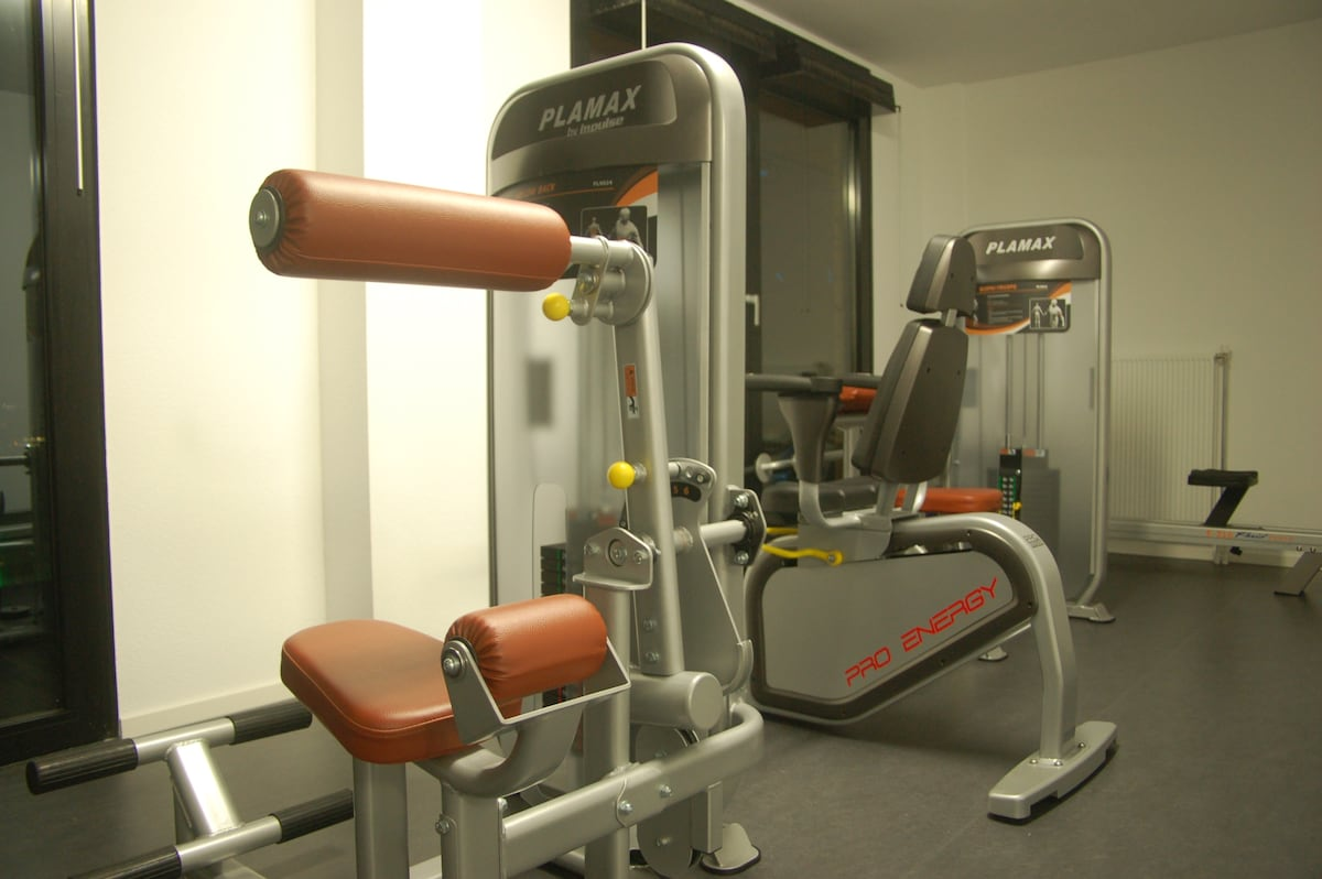 The fully equipped gym .