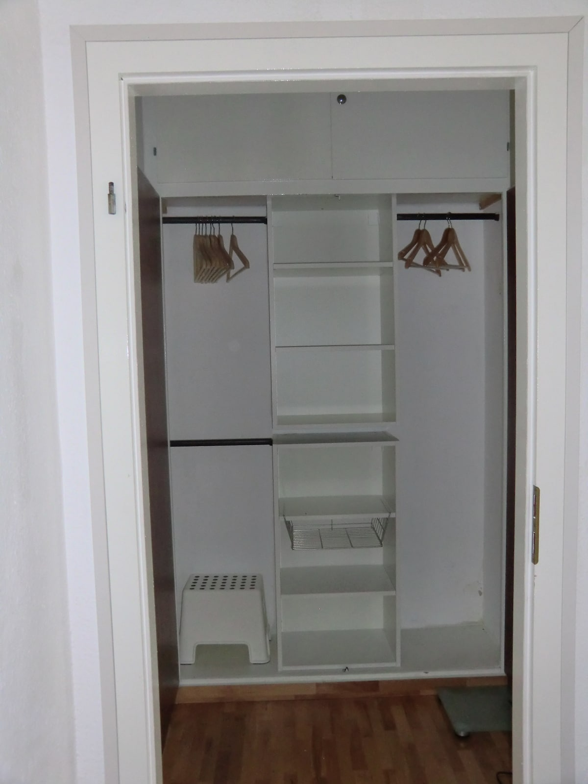 Plenty of storage space in the hallway and table for your suitcases provided.